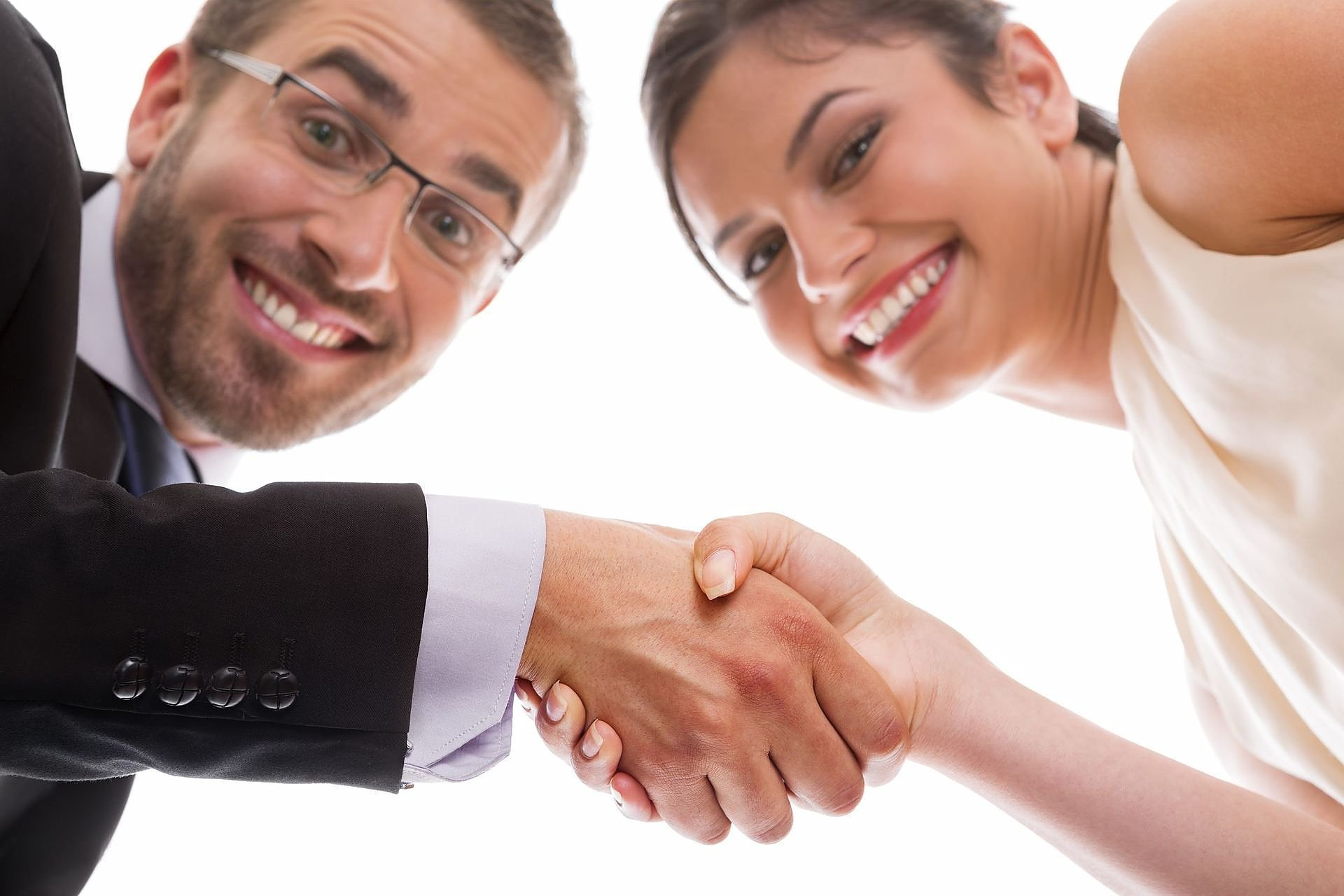 Обязательно ли обращаться к юристу, чтобы заключить брачный договор?