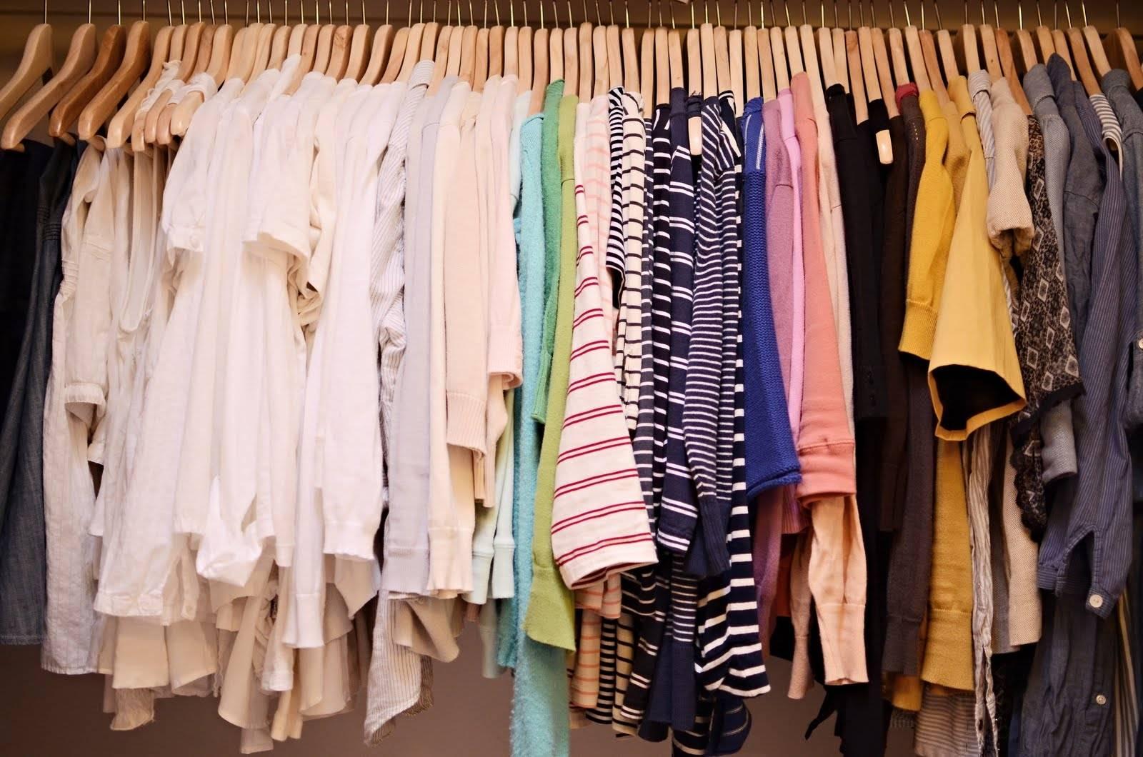Роспотребнадзор не одобрил большую часть импортной обуви и одежды