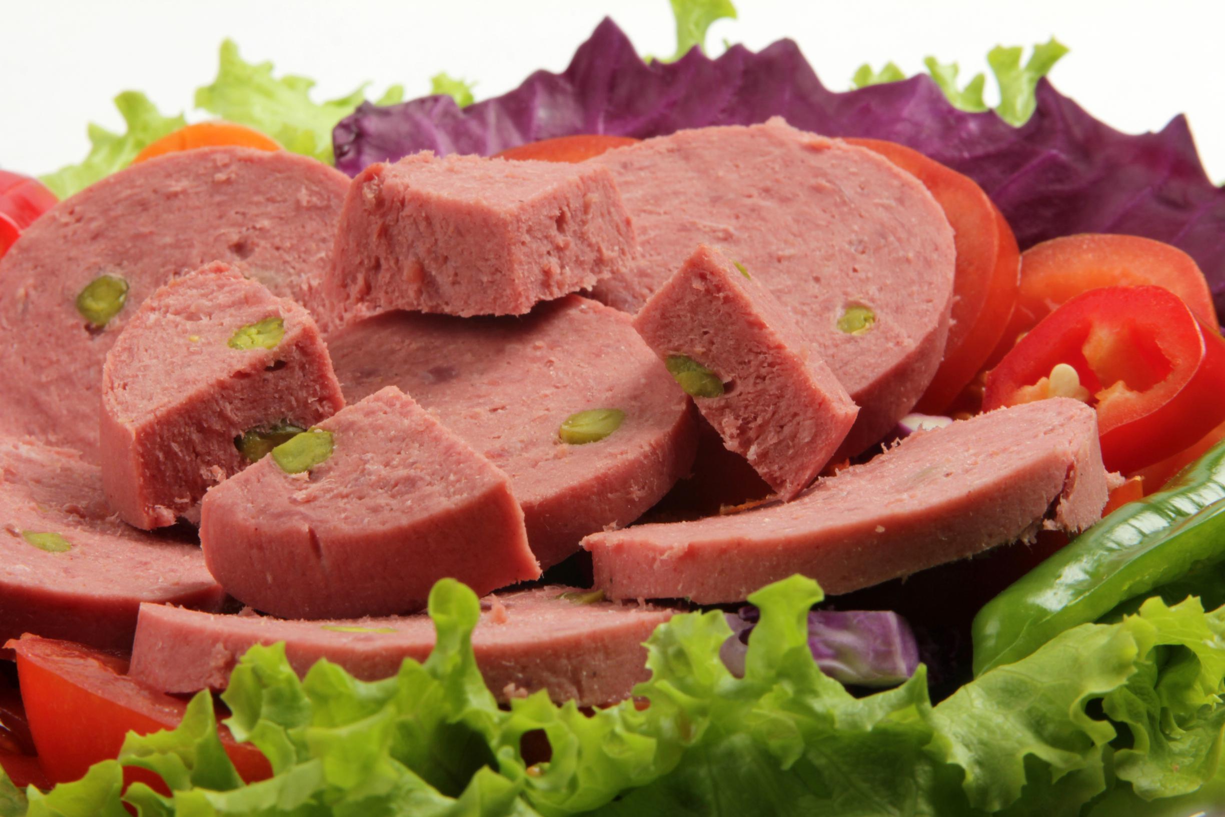 Эксперты «Росконтроля» проверили вареную колбасу